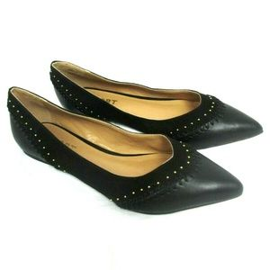 Report women's size 8 Black Pointed Toe Gold Studs